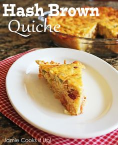 Hash Brown Quiche from Jamie Cooks It Up! #recipes # brunch #breakfast #jamiecooksitup