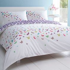 Love this - but jason wouldnt go for it, it's too girly for our bedroom :-(