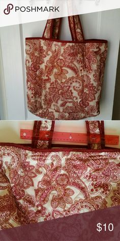 Paisley Quilted Tote Excellent condition roomy cloth quilted tote.  Burgundy and cream colors. Bags Totes