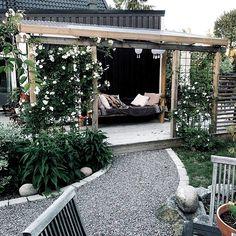 Security Check Required [New] The 10 Best Garden Ideas Today (with Pictures) - H o n u n g s r o s # Patio Diy, Patio Pergola, Gazebo, Modern Pergola, Small Pergola, Patio Ideas, Back Gardens, Outdoor Gardens, Diy Terrasse