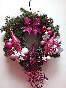 Dekorácie - Vianočný veniec na dvere(živá čečina) - 5652294_