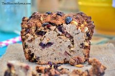 Moist banana bread recipe and it's a Gluten free banana bread, too! Add cloves, nutmeg and touch of vanilla Moist Banana Bread, Gluten Free Banana Bread, Gluten Free Oats, Banana Bread Recipes, Clean Eating Desserts, Healthy Desserts, Healthy Food, Healthy Recipes, Gluten Free Breakfasts