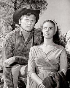 : The Burning Hills Tab Hunter & Natalie Wood Tab Hunter, Natalie Wood, Carolyn Jones, James Dean, Wood Tub, Miracle On 34th Street, Russian American, Splendour In The Grass, Child Actresses