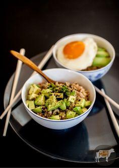 Tuna & Avocado Brown Rice Bowl | 29 Super-Easy Avocado Recipes