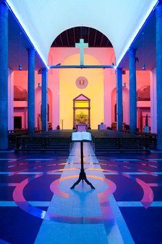 Chiesa di Santa Maria Annunciata in Chiesa Rossa, Milano, Lombardia, Italia - Dan Flavin