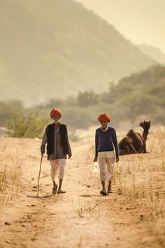 https://flic.kr/p/wpaqpN | A Long Summer Walk... | @ Pushkar, 2012