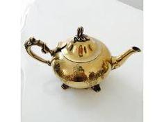 Resultado de imagen para como servir una mesa de te Tea Pots, Tableware, Mesas, Dinnerware, Dishes, Tea Pot, Tea Kettles, Serveware