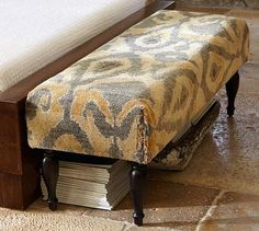 Hadn't thought of carpet on a bench...hmmm #potterybarn