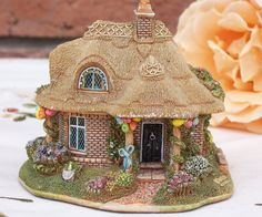 "Very Collectable Lilliput Lane ""Birthday Cottage"" Code No. L2328.  Based on Belle Vue Cottage in Suffolk and decorated ready for a birthday cottage."