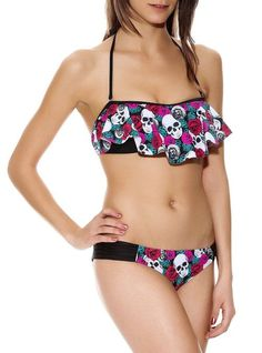 f3e01aaee7a5e Skull Rose Flounce Swim Top Size   Small at Amazon Women s Clothing store  Cute Juniors Swimsuits