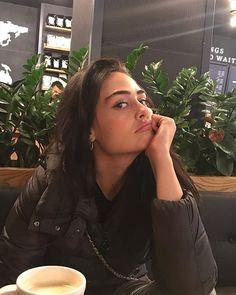 Cute Girl Poses, Cute Girls, Indian Actresses, Actors & Actresses, Kitten Images, Esra Bilgic, Fake Photo, Turkish Beauty, Celebs