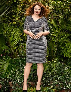 Style-savvy sheath dress by Lela Rose uses contoured print blocking to show off curves to your advantage. A versatile pick for workday, evening or weekend, this flattering sheath features a V-neck and elbow length sleeves. Hidden zipper closure. lanebryant.com