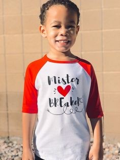 Valentines For Boys, Valentines Day Shirts, White Bodysuit, Baby Bodysuit, Toddler Gifts, Kids Shirts, Shirt Style, Heart, Cricut Explore