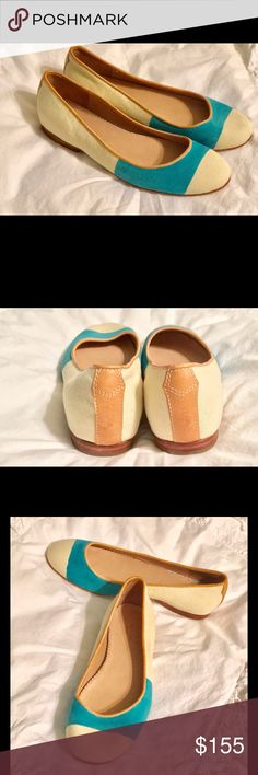 Hanelei Flats, Size 8.5 Painted stripe with round toe. Padded leather top line. Non slip rubber patch on leather sole. MSRP 295. Mint condition🌹turquoise and ivory color. Rag and Bone Shoes Flats & Loafers