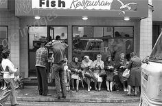 Barnsley chip shop 1978 Barnsley South Yorkshire, Going Home, Historical Photos, Old Photos, Places To Visit, History, City, Wakefield, Pinterest Marketing
