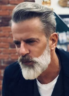 gray hair and beard images at DuckDuckGo Beard Styles For Men, Hair And Beard Styles, Mens Hairdresser, Barba Grande, Beard Images, Beard Game, Men With Grey Hair, Gray Hair, Grey Beards