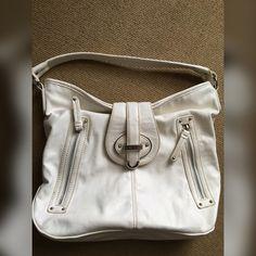 Nine West Handbag Like new Nine West Bags Shoulder Bags