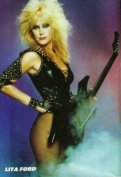 rewind Heavy Metal Girl, Heavy Metal Music, Rocker Girl, Rocker Chick, Female Guitarist, Female Singers, 80s Rock Fashion, Rock And Roll Girl, Lita Ford