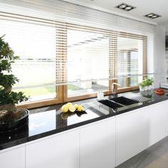 12 pomysłów na zmywanie pod oknem Blinds, Windows, Curtains, Kitchen, House, Home Decor, Cooking, Decoration Home, Home