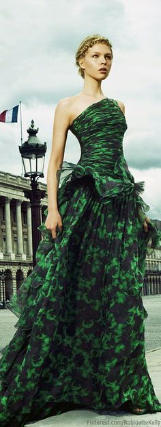 Giambattista Valli Haute Couture | Amanda Nimmo in Haute Couture for Fashion Magazine
