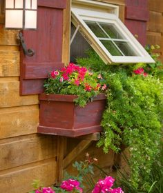 create overflowing window boxes and planters simple details planters window and gardens - Window Box Planters