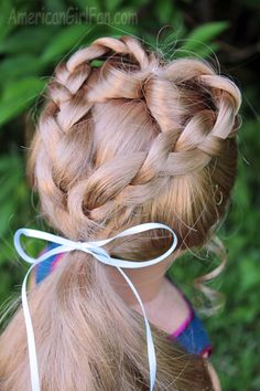 Doll Hairstyle: Sweetheart Braided Ponytail! - http://www.americangirlfan.com/2014/05/doll-hairstyle-sweetheart-braided-ponytail.html