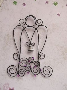 Andělka fuchsiová se zvonečkem