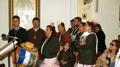 Una de las visitas de la hermandad del Rocío durante el camino a la Residencia de las Hermanitas de la Cruz de Fuentes de Andalucia