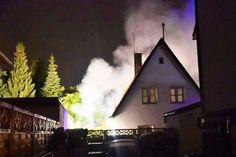 Feuer in Trudering Garagenbrand drohte auf Nachbarhaus überzugreifen