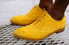 coolintheheat:    Wishilist    I am actually wearing my new mustard suede oxfords today. they are pretty great.