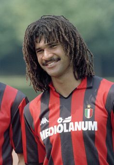 Ruud Gullit of AC Milan, July Get premium, high resolution news photos at Getty Images Milan Football, Football Awards, Football Icon, Best Football Players, Football Hall Of Fame, Football Is Life, Retro Football, World Football, Soccer Players