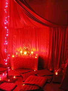 Aiyana Birth Doula: Red Tents And Bleeding Cycles