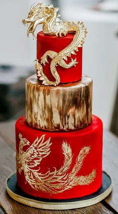 Red and gold Chinese dragon wedding cake by Sophie Bifield