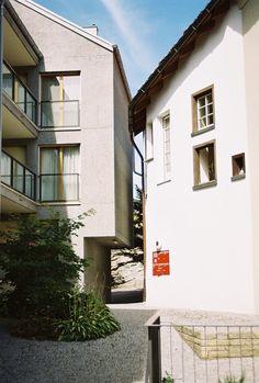 Miroslav Sik, Wohnhaus im Dorfzentrum Hanfländerweg Haldenstein GR Miroslav Sik, Chur, Contemporary, Modern, Buildings, Public, Construction, Homes, Urban