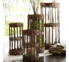Rustic woven willow vase sleeves from pottery barn Willow Weaving, Basket Weaving, Home Crafts, Diy Home Decor, Bamboo Crafts, Modern Outdoor Furniture, Horseshoe Art, Clear Glass Vases, Newspaper Crafts