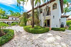 Cher's Stunning La Gorce Island Mansion! | Top Ten Real Estate Deals Spanish House, Moorish, Architectural Digest, City Lights, Miami Beach, Cabana, Luxury Travel, Luxury Homes, Villa