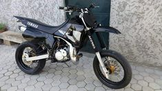 Deadpool, Motorcycle, Bike, God, Vehicles, Yamaha Motorcycles, Dibujo, Hipster Stuff, Bicycle