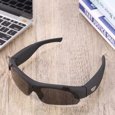 Polarized unisex sunglasses that come with a built-in 1080p HD camera, great for cycling, skiing, etc. Available in our store: http://bit.ly/RZ1080pSunglasses #sunglasses #1080p #videosunglasses #videocamera #camera #cycling #ski #adventure