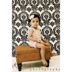 White and Black Damask Photography Backdrop 5x9
