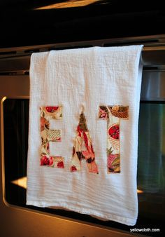 pp:DIY Appliqued Tea Towel by Fancy Little Things! Dish Towels, Hand Towels, Tea Towels, Diy House Projects, Craft Projects, Burlap Projects, Project Ideas, Sewing Crafts, Sewing Projects