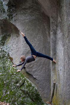 """Pin by doug johnson on """"climbing!"""" """"climb on! Climbing Girl, Rock Climbing, Climbing Technique, Messi, Video Motivation, Muscle Building Tips, Escalade, Base Jumping, Mountain Climbing"""