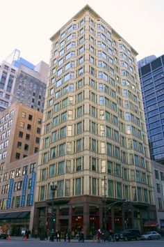 Reliance Building, Chicago - Burnham and Root