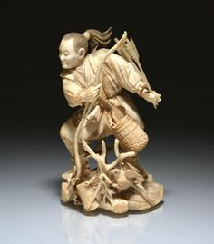 ivory okimono | JAPANESE IVORY OKIMONO OF A HUNTER | Netsuke