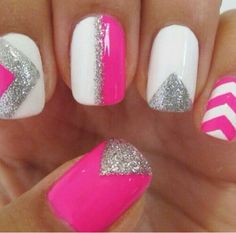 I wish I could do this on my nails!!!