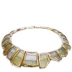 Necklace | Yvel. 18-karat gold with green tourmaline
