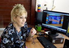 Foto tomada de Tribuna de La Habana. Por Yuliet Gutiérrez. Un compendio actualizado de software educativos, tutoriales, aplicaciones informáticas y materiales audiovisuales atractivos e interesante…