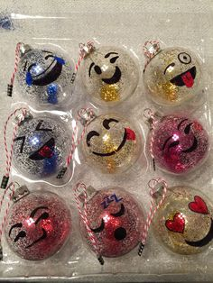 Emoji ornaments for my teenager to give to her friends for Christmas. Emoji Christmas Tree, School Christmas Party, Teacher Christmas Gifts, Christmas Holidays, Christmas Crafts, Christmas Decorations, Christmas Ideas, Christmas Ornaments, Diy Ornaments