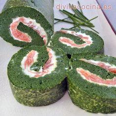 Este brazo de gitano de espinacas y salmón siempre resulta un éxito en mesas de invitados y reuniones con amigos. Los ingredientes son sencillos.