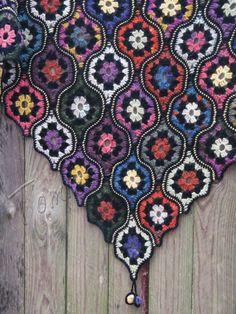 Crochet shawl ethno wool shawl hand crochet wrap by TominasName Motif Mandala Crochet, Crochet Motifs, Afghan Crochet Patterns, Knitting Patterns, Crochet Fall, Crochet Home, Knit Crochet, Point Granny Au Crochet, Granny Square Crochet Pattern