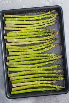 This Parmesan Baked Asparagus recipe is a quick and easy side dish that's perfect for dinner. You can't go wrong with cheesy asparagus! Pan Asparagus, Easy Asparagus Recipes, Asparagus Casserole, Parmesan Asparagus, Sweet Potato Recipes, Esparagus Recipes, Sunday Recipes, Side Dish Recipes, Healthy Recipes